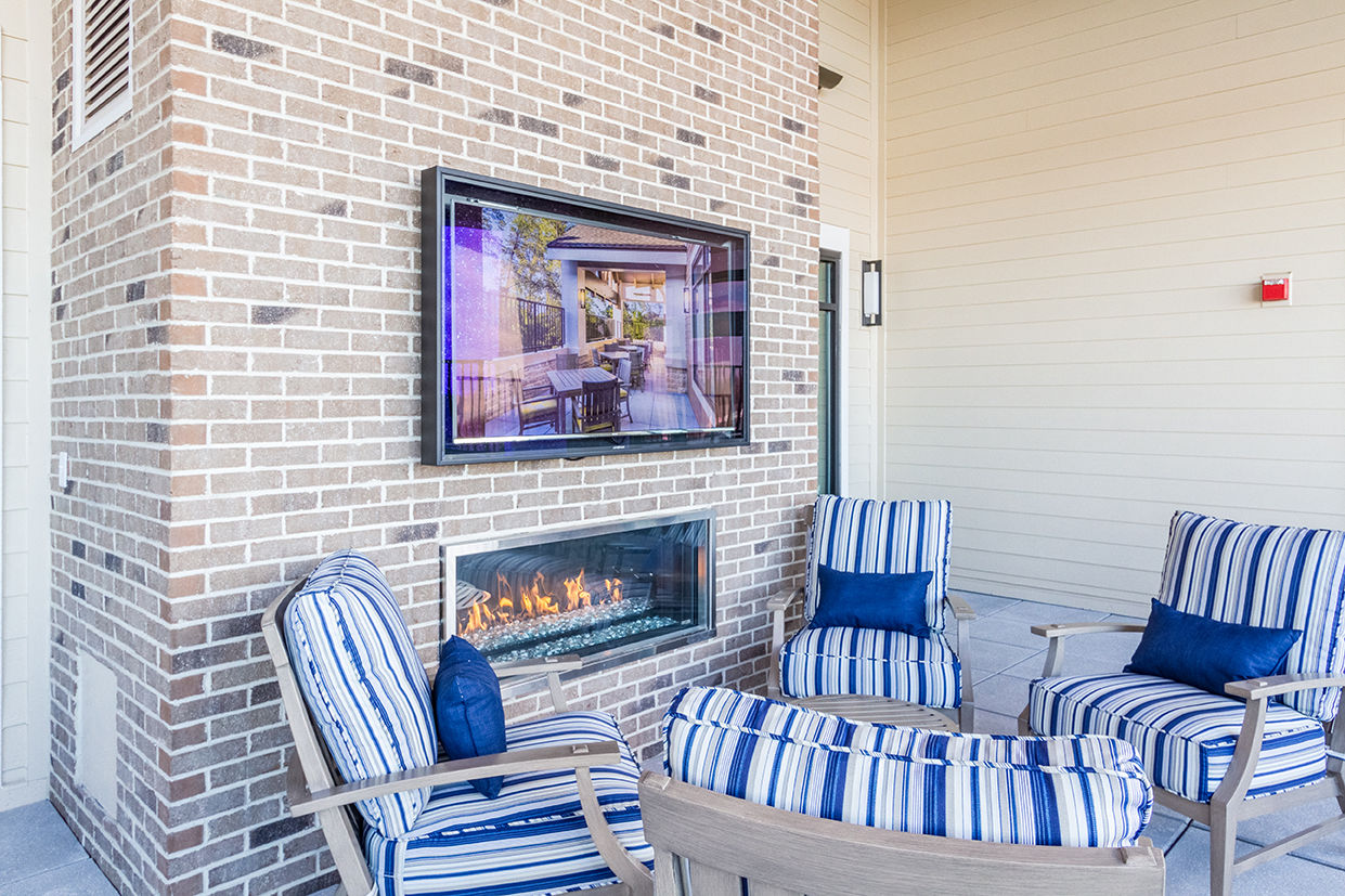 Senior Living Architects Virginia Outdoor Seating